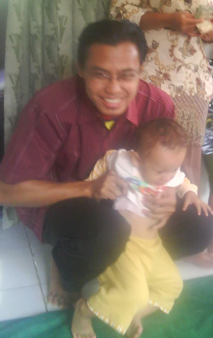 Saya Dan Si Kecil Mabruri Sirampog